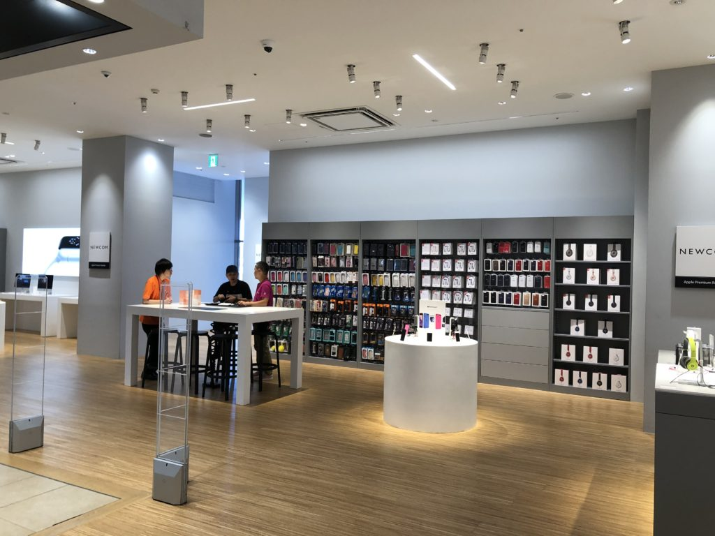 apple-premium-reseller-shop-newcom-okinawa-rycom-aeonmall-2