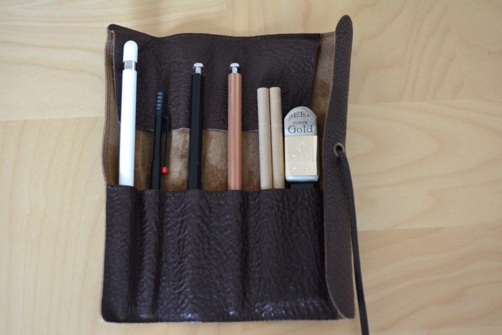 apple-pencil-case-tsuchiya-kaban-tone-oilnume-1