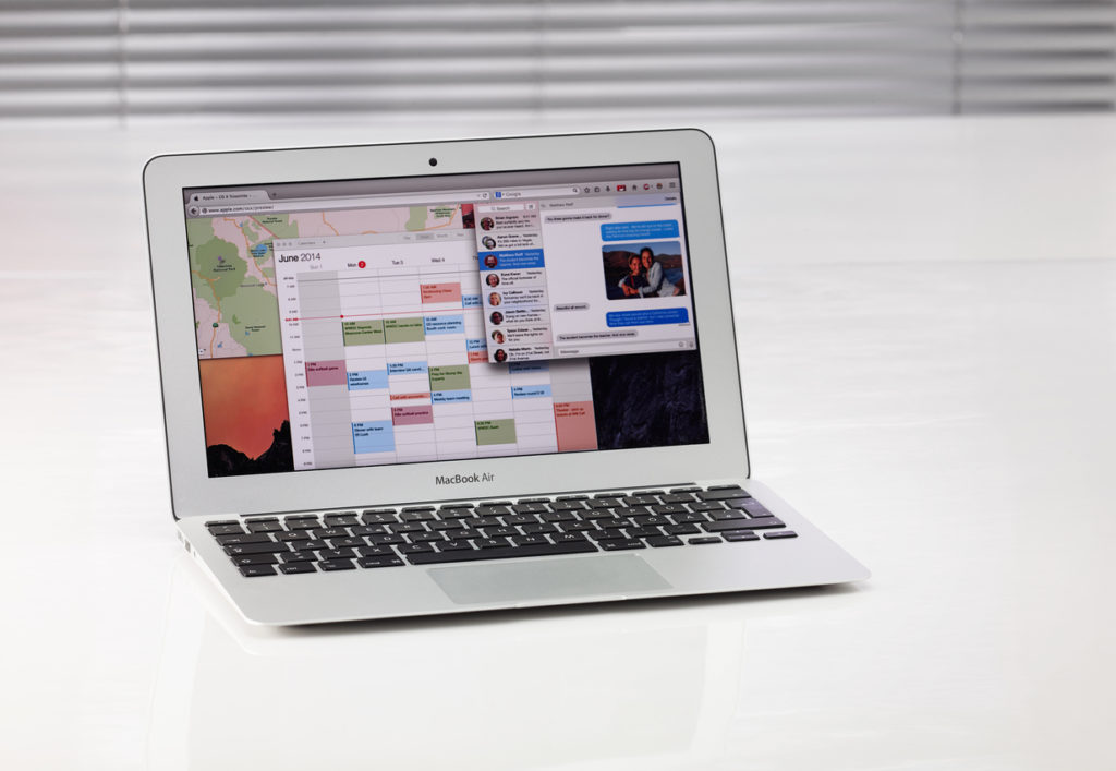 Macbook Air with Yosemite Website