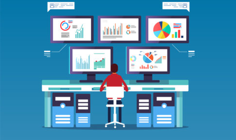 A man in front of the computer to do big data analysis
