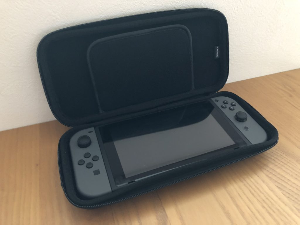 review-tough-pouch-for-nintendo-switch-nsw038-hori-2