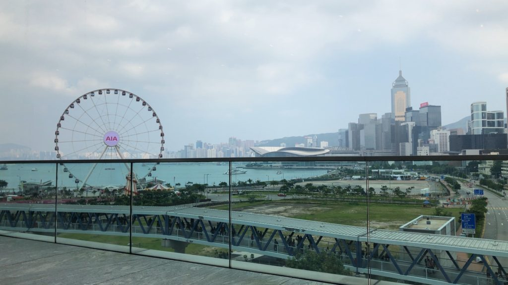 apple-hk-central-ifc-mall-review-30
