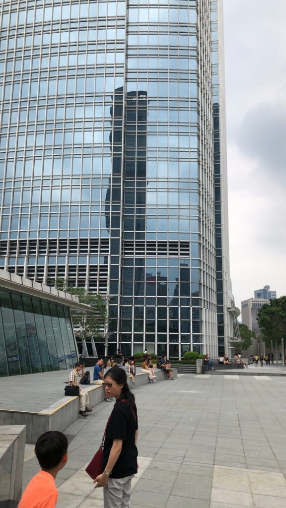 apple-hk-central-ifc-mall-review-25