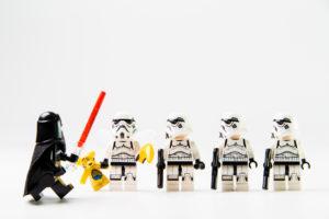Star Wars movie : Stomtrooper standing in line