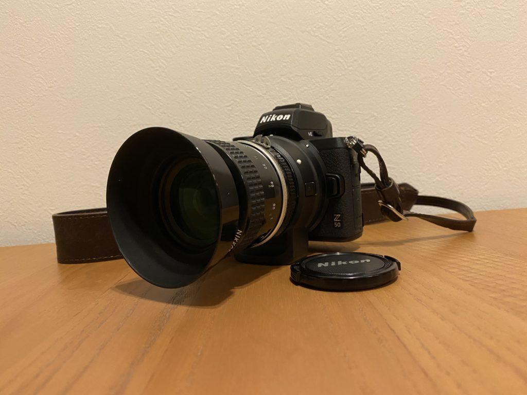 出所:SMATU.netにて撮影 NikonのZ50にFTZマウントアダプターを使って装着した様子.