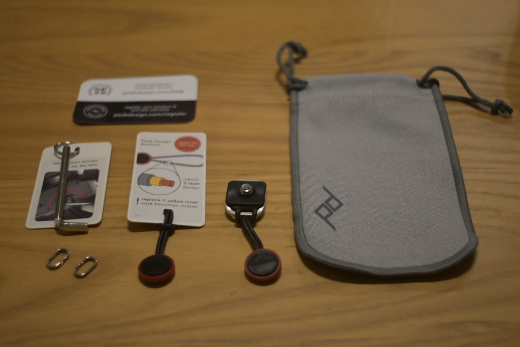 Peakdesign-slidelite-mirrorless-camera-sling-strap-bundled-items-12