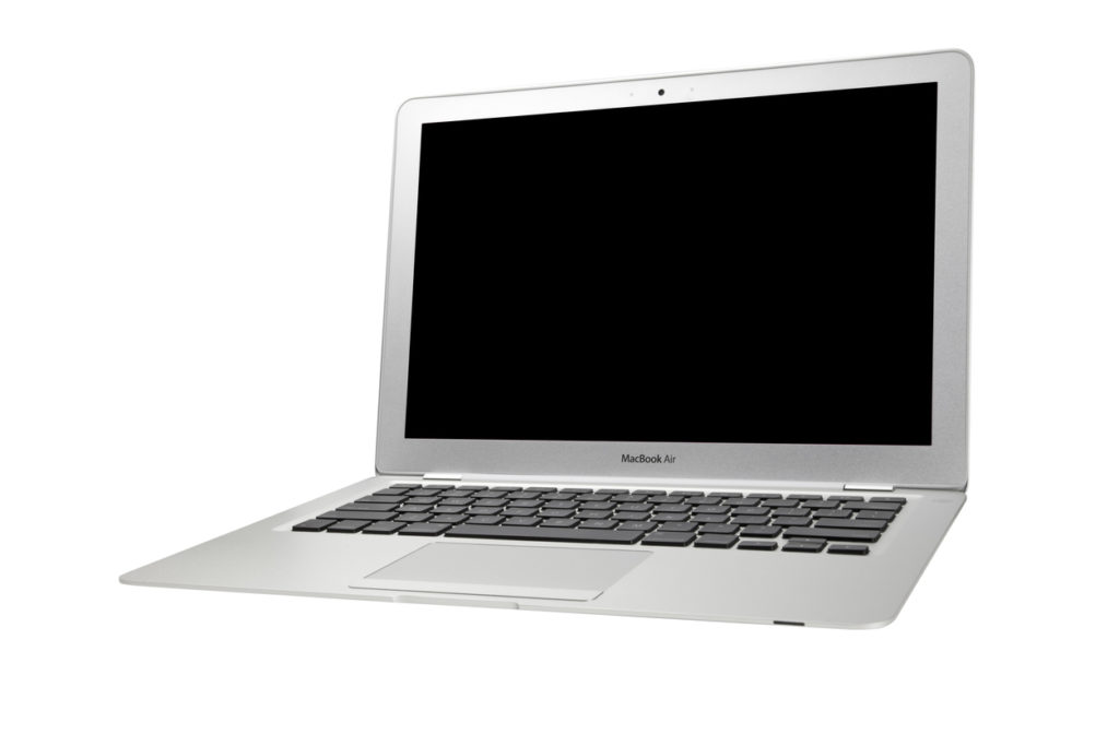 Photo : iStock by Getty Images : 2010年のMacBook Air 13インチモデル