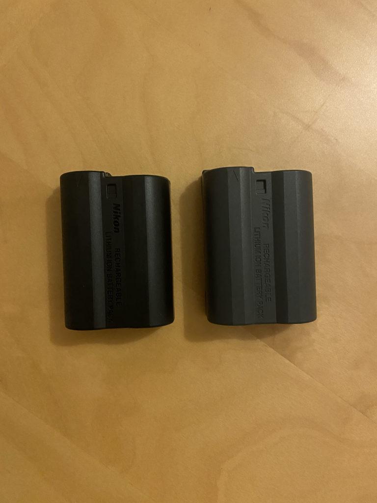左が新型の『EN-EL15c』,右が旧型の『EN-EL15b(Z6に同梱されていたもの)』.