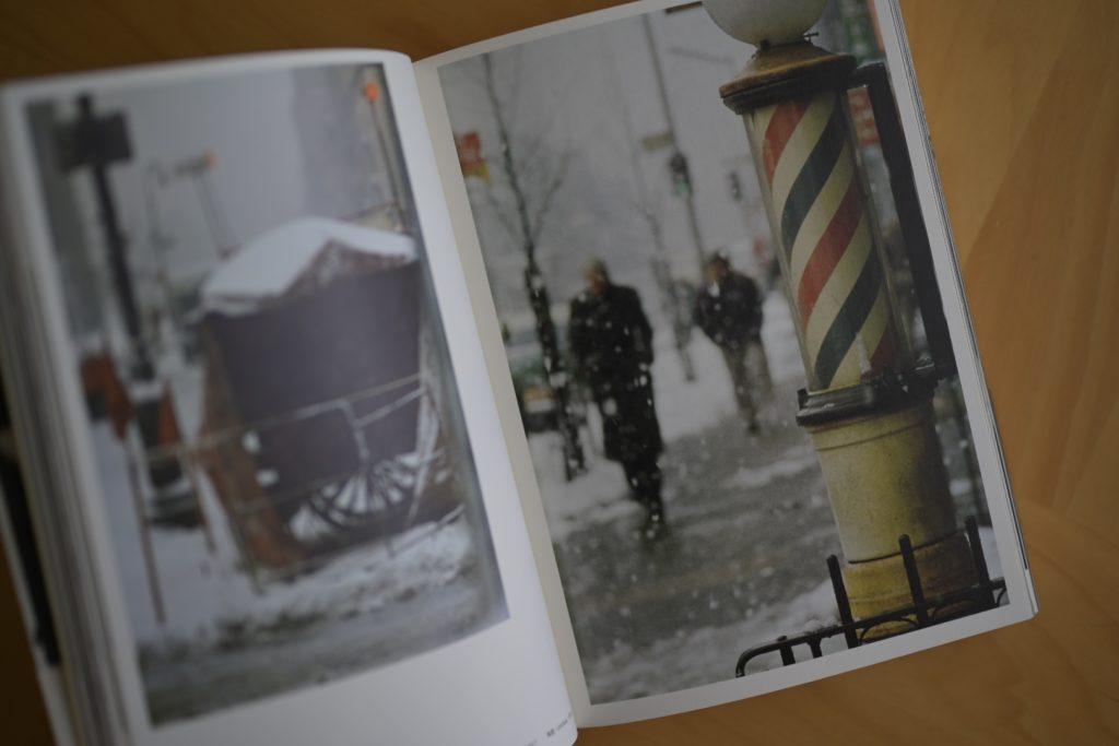 『永遠のソール・ライター』 スナップ写真が多め,巻末の「ソール・ライター年譜」もこちらの方が少し充実している.